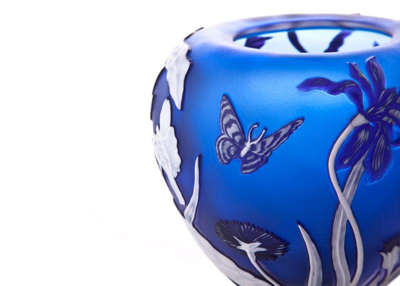 Wren Vase with Iris